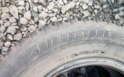 Bridgestone WT14. Зимние, шипованные, износ: 40%, 2 шт