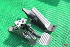 Педаль акселератора. Nissan Skyline Двигатели: VQ35HR, VQ35DE