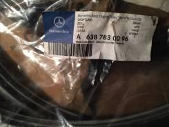 Резиновый уплотнитель люка для Mercedes Vito A 638 783 00 96. Mercedes-Benz Vito