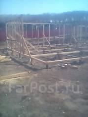 Плотник. Строители,плотники отделочники. Ливадия