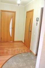 2-комнатная, улица Рабочий Городок 14в. Центральный, агентство, 55 кв.м. Прихожая