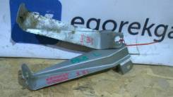 Крепление крыла. Honda Integra, DB8, DC2