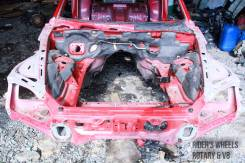 Передняя часть автомобиля. Mazda RX-8, SE3P Двигатель 13BMSP