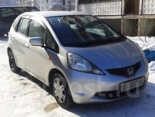 Honda Fit. автомат, передний, 1.3 (100 л.с.), бензин