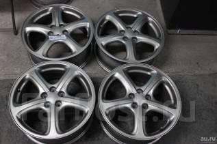Комплект практически новых колес 235/45 на литье R17 Subaru. 7.0x17 5x100.00 ET55