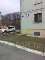 3-комнатная, улица Внутрипортовая (пос. Врангель) 11. частное лицо, 63 кв.м.