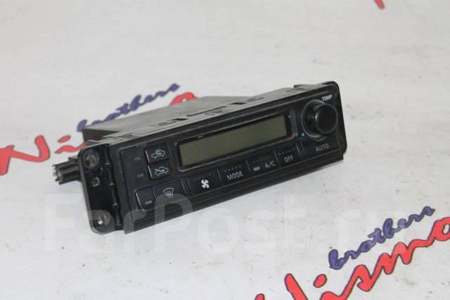 Кронштейн климат-контроля. Nissan Silvia, S15