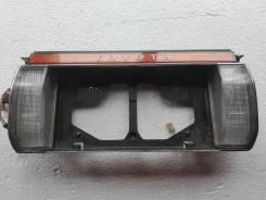 Вставка багажника. Toyota Crown, MS137X, MS137, MS135