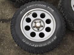 Колеса на литье BFGoodrich All-Terrain T/A 235/70R16 грязь. 8.0x16 5x114.30 ET30