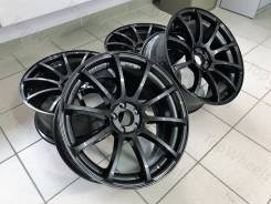 Advan Racing RS. 8.5x18, 5x114.30, ET38, ЦО 67,1 мм.
