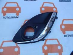 Окантовка правой противотуманной фары Opel Corsa