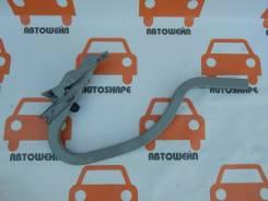 Петля крышки багажника Hyundai Solaris, правая