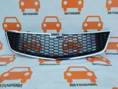 Решётка центральная переднего бампера Chevrolet Spark
