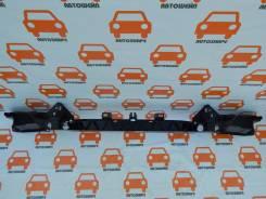 Кронштейн переднего бампера центральный Land Rover Range Rover