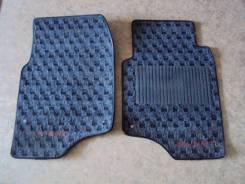 Пара передних оригинльных ковриков Mitsubishi Pajero 1995г. в. Пр. руль. Mitsubishi Pajero, V14V, V26W, V24V, V25W, V24W, V34V, V23W, V24WG, V26WG, V2...