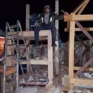 Услуги плотника: обшивка, выпиливание, строительство. Пишите на WhatsApp
