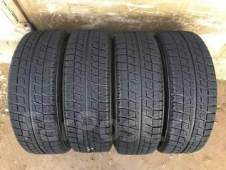 Bridgestone Blizzak Revo2. Зимние, 2011 год, износ: 20%, 4 шт