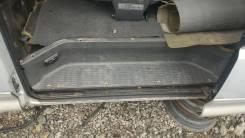 Порог пластиковый. Mitsubishi Delica, P25W, P35W Двигатель 4D56