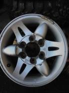 Nissan. 7.0x15, ET-32, ЦО 98,0мм.