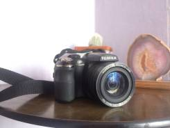Fujifilm FinePix S2980. 10 - 14.9 Мп, зум: 14х и более