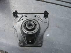 Уплотнитель рулевой колонки. Toyota Hiace, KDH206V
