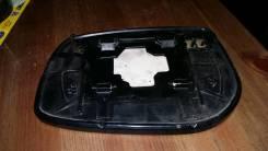 Стекло зеркала. Toyota Corolla