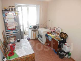 3-комнатная, улица Карбышева 7. 10км., агентство, 60 кв.м.
