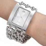 Часы и бижутерия