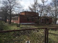 Продается помещение с земельным участком в пос Славянка. 50 лет Октября 9, р-н Славянка, 798 кв.м.