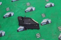 Пластик торпеды под бардачком Toyota Corolla AXIO Fielder NZE141 NZE14. Toyota: Corolla, Corolla Rumion, Allion, Auris, Corolla Fielder, Corolla Axio...