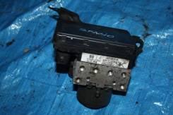 Блок abs. Toyota Corolla Spacio, ZZE122 Двигатель 1ZZFE