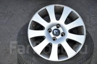 Renault. 7.0x15, 4x100.00, ET25, ЦО 60,1мм.