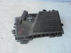 Корпус воздушного фильтра. Volkswagen Golf, 1J1, 4 Volkswagen Bora