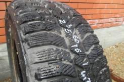 Bridgestone Ice Cruiser 5000. Зимние, шипованные, 2007 год, износ: 20%, 1 шт