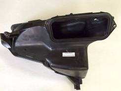 Патрубок воздухозаборника. Mercedes-Benz S-Class, W220