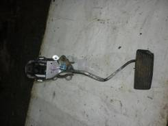 Педаль тормоза Nissan Patrol Y61 ZD30DDTi