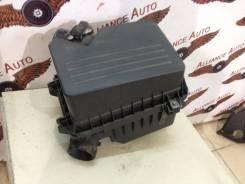 Корпус воздушного фильтра. Toyota Camry, ACV40 Двигатели: 2GRFE, 2AZFE