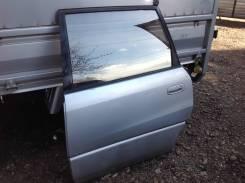Дверь левая задняя Toyota Ipsum, SXM10/15