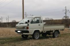 Toyota Town Ace Truck. Toyota Town Ace 1995г. в., 2 000 куб. см., 1 000 кг.