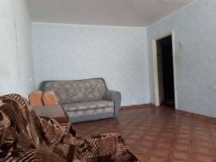 """1-комнатная, улица Маслакова 18. м-н """"Радуга"""", агентство, 31 кв.м."""