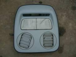 Светильник салона. Honda Odyssey, RA6 Двигатель F23A
