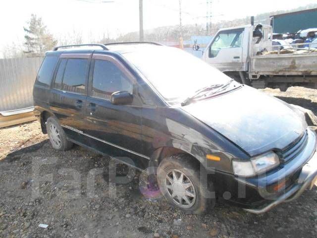 Nissan Prairie. HNM11008632, KA24