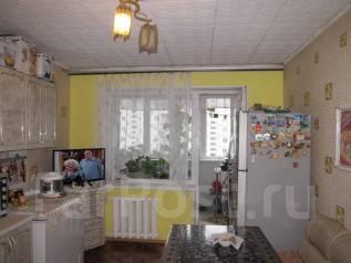3-комнатная, улица Баляева 21. Баляева, агентство, 66 кв.м.