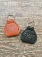 Чехол-брелок для медиаторов Gibson USA (Кожа) + 1 медиатор.2 цвета. Опт