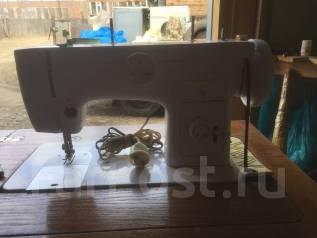 Швейная машинка Чайка 132 М. Оригинал