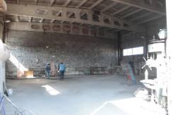 Сдается производственно-складская база с теплым боксом!. 324кв.м., шоссе Новоникольское 3б, р-н Доброполье