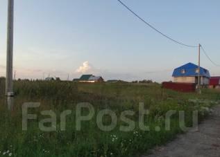 Продам земельный участок 16 соток. 16 040 кв.м., собственность, электричество, вода, от частного лица (собственник)
