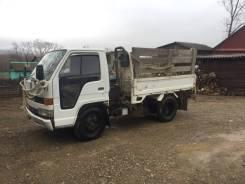 Isuzu Elf. Продаётся грузовик , 4 334 куб. см., 2 250 кг.