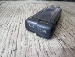 Кнопка включения кондиционера.