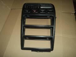 Консоль панели приборов. Nissan Primera, HP10, FHP10, HNP10, P10